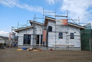 平屋建て新築住宅の外壁工事