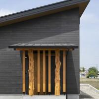 変杢柱玄関屋根