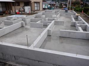 新築住宅の基礎工事